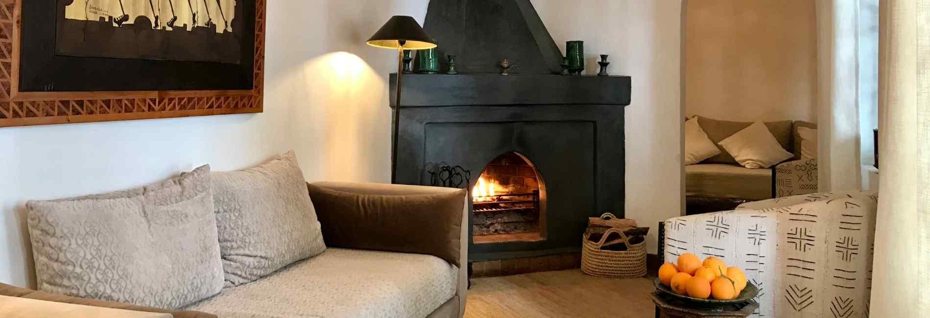 marrakech riad salon with logfire