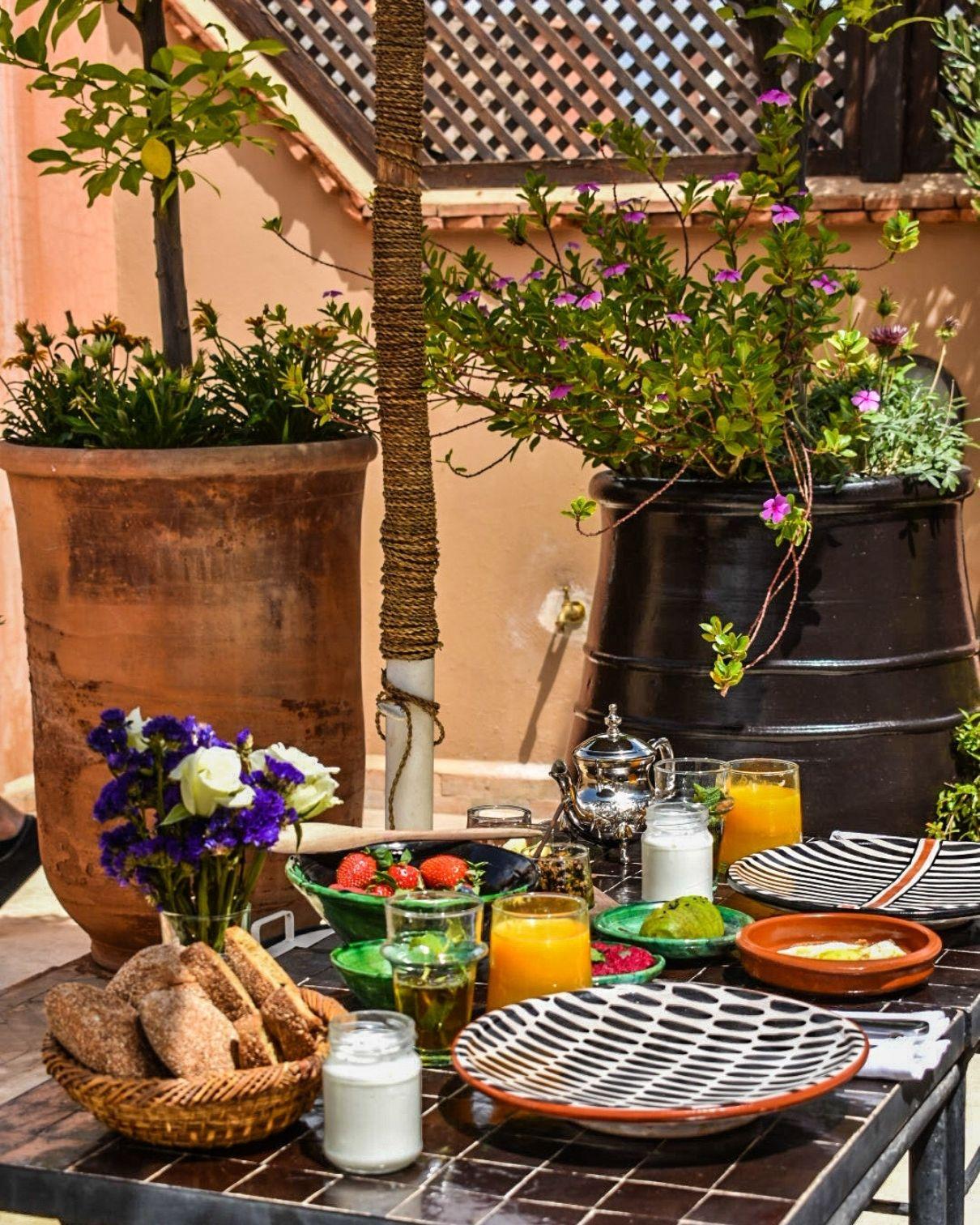 marrakech riad breakfast roof terrace